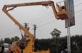 18米升降车蜜桃网在平原检测施工